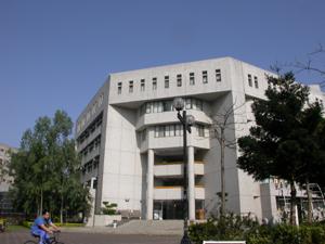 元智大學二館照片